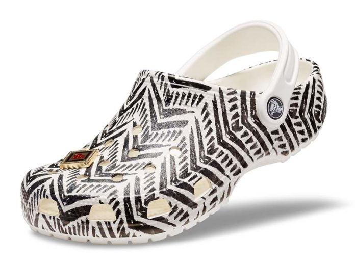 Сабо Drew Barrymore Crocs Chevron