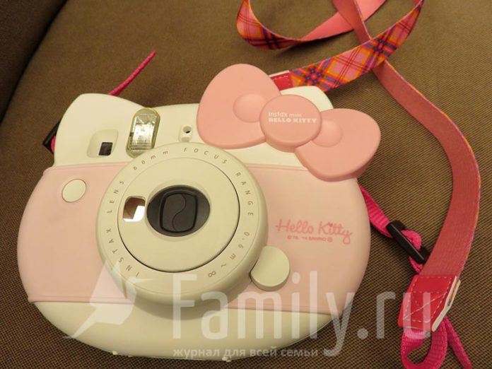 Камера Instax mini Hello Kitty