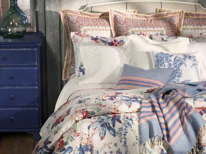Цветастое постельное белье