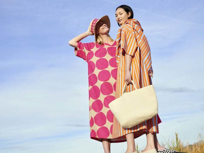 Весенне-летняя коллекция одежды и аксессуаров, созданная Uniqlo и Marimekko