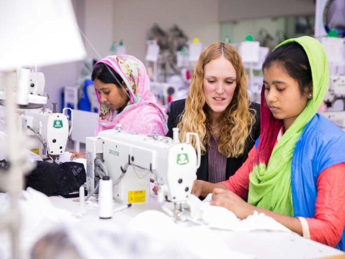 Швейная фабрика в Азии