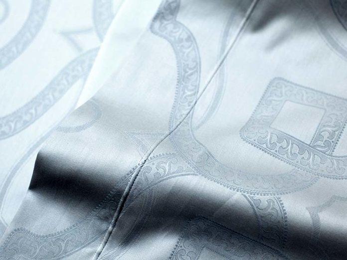 Постельное белье с вышивкой