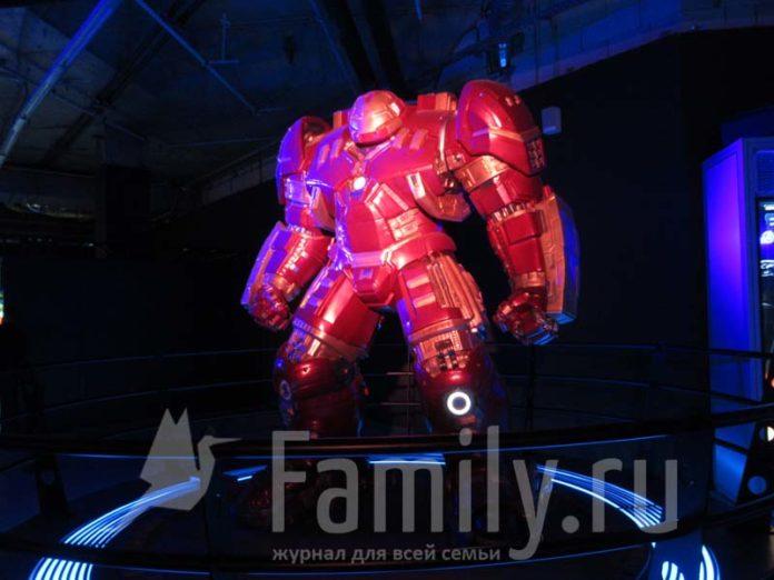 Робот из фильма «Железный Человек»