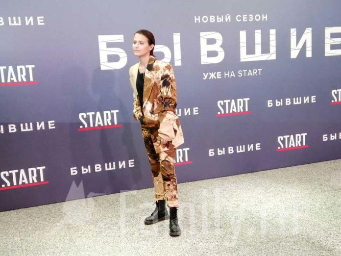 Любовь Аксенова в «Октябре»