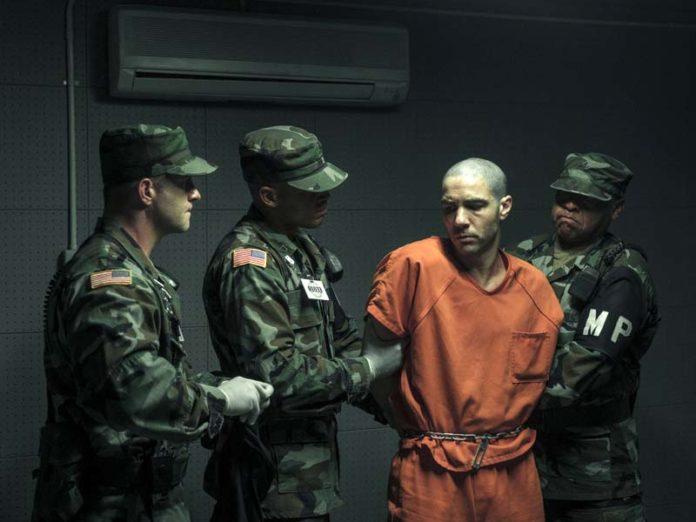 Заключенный в тюрьме