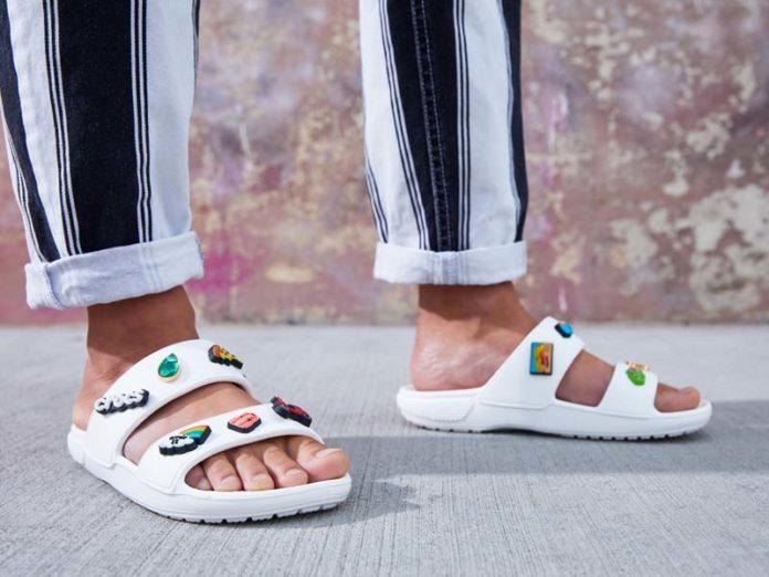 Белые сандалии Crocs Classic Sandal