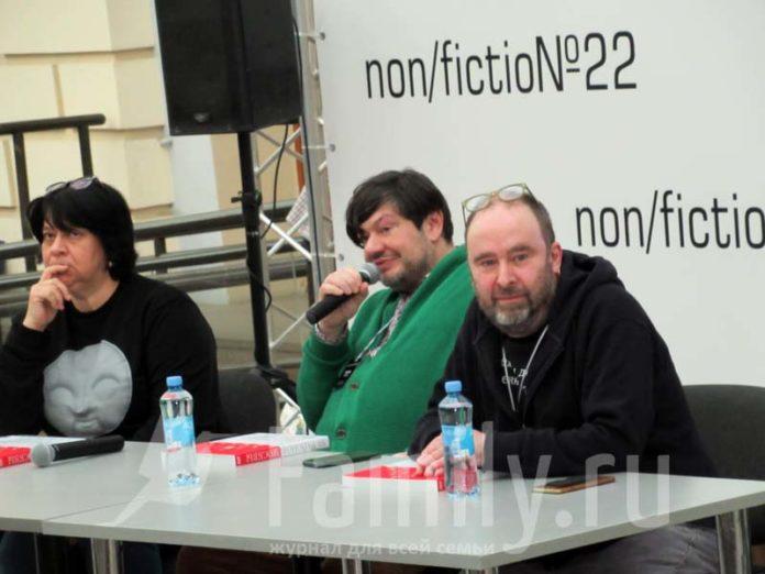 Игорь Шулинский на презентации книги