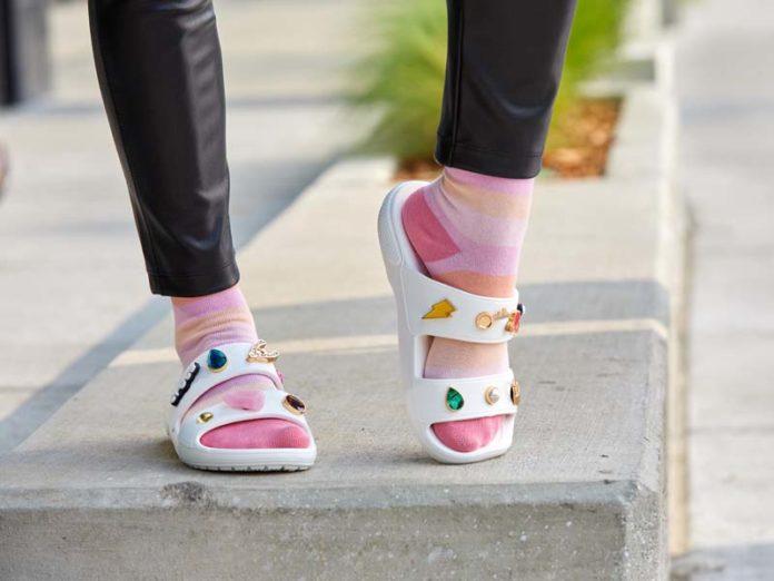 Сандалии Crocs Classic Sandal
