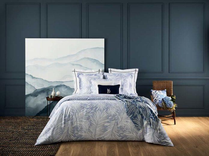 Спальня в холодных оттенках