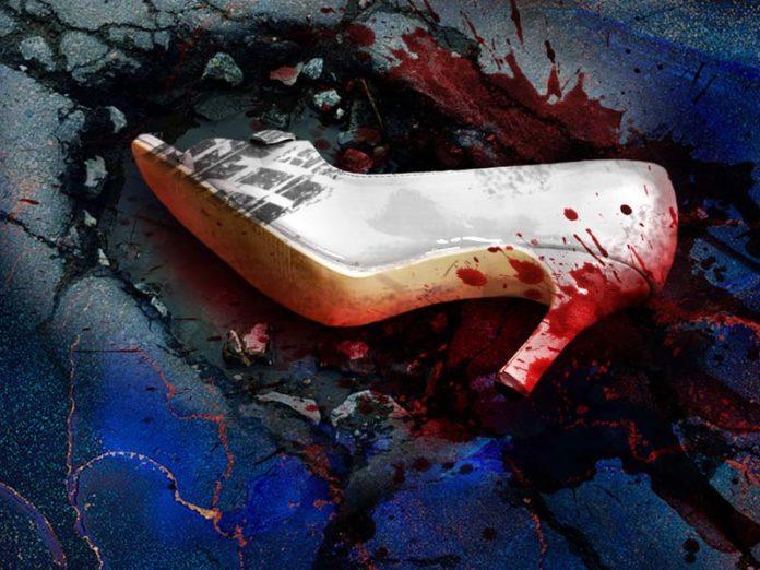 Туфелька в луже крови