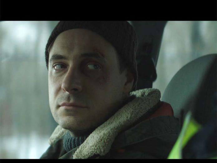 Евгений Цыганов в машине