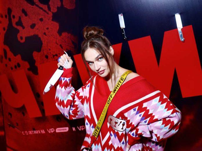Алена Водонаева на премьере «Чаки»